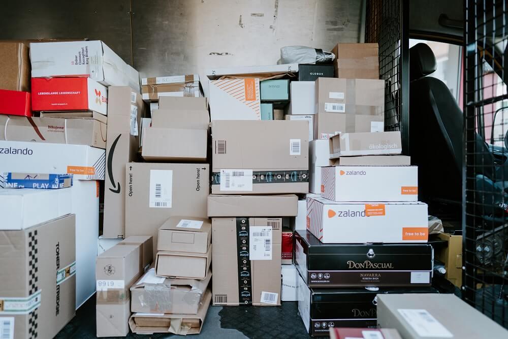 Kompletny przewodnik po materiałach do pakowania i zabezpieczania przedmiotów w czasie przeprowadzki